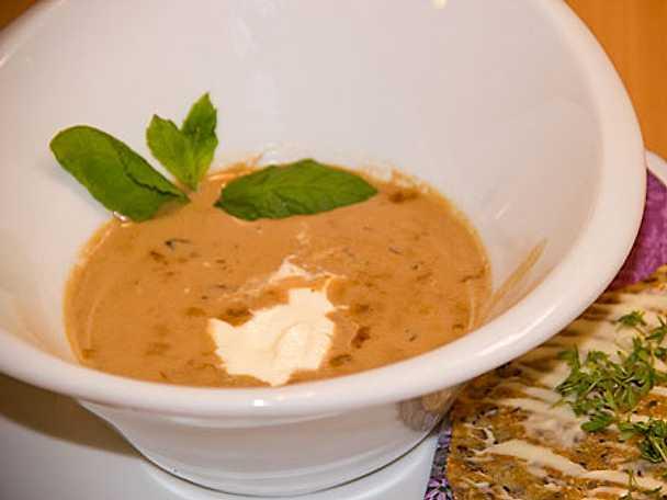 Ädel höstsoppa från Smålandsskogen