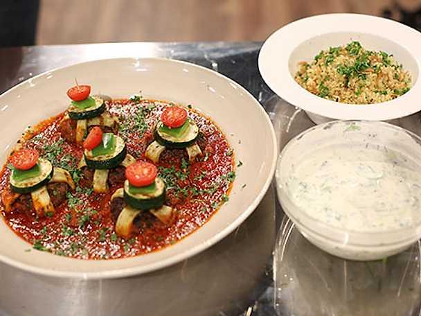 Alas mellanösternbiffar med tomatsås och bulgur