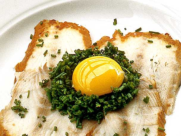 Ålasmörgås på flatrökt ål
