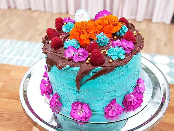 American fantasy cake