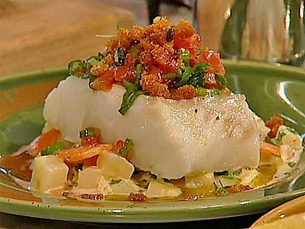 Ångkokt torsk med grädd- och citron kokta rotfrukter