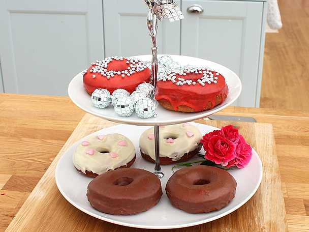 Anns disco donuts