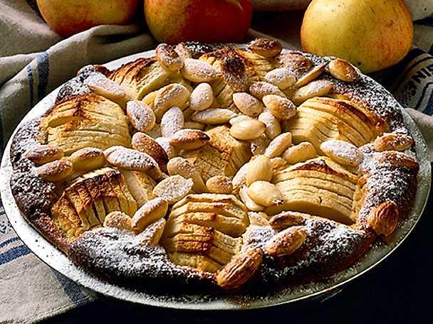 Äppelpaj med mandel