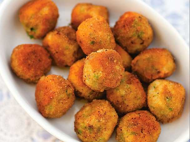 Arancini con pecorino - risbollar med parmesan och persilja