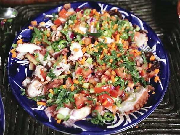 Augachile med kokt bläckfisk