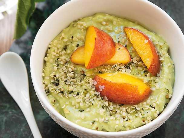 Avokadoyoghurt med persika