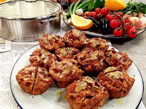 Bacon- och cheddarmuffins