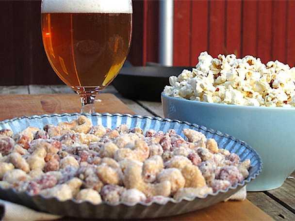 Baconpopcorn och ölnötter