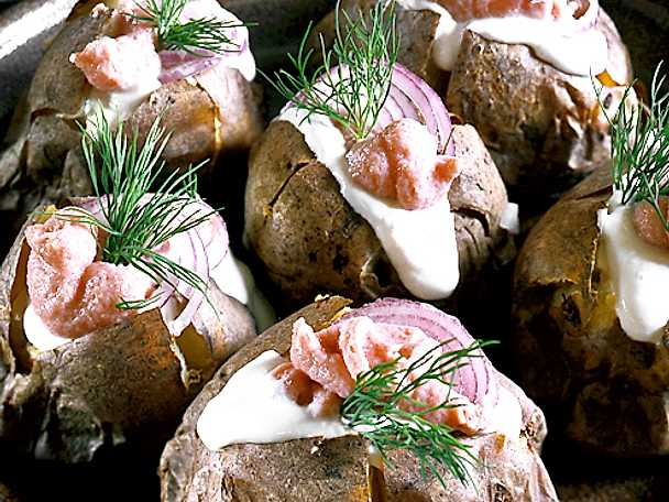 Bakad potatis med fyllning