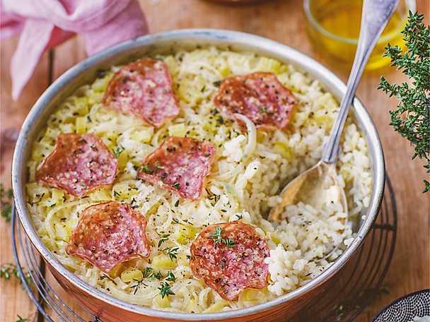 Bakad risotto med salami