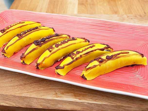 Bananbakelser med lingon