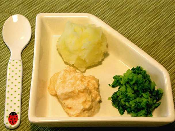 Barnmatspuré: Basilikalax med potatis och broccoli