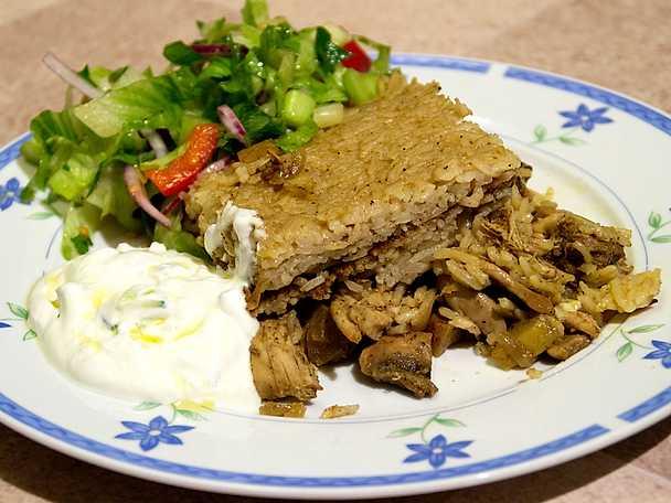 Biryani med irakisk sallad och tsatsiki