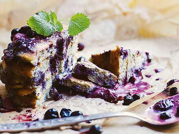 Blåbärspannkakor med quinoamjöl
