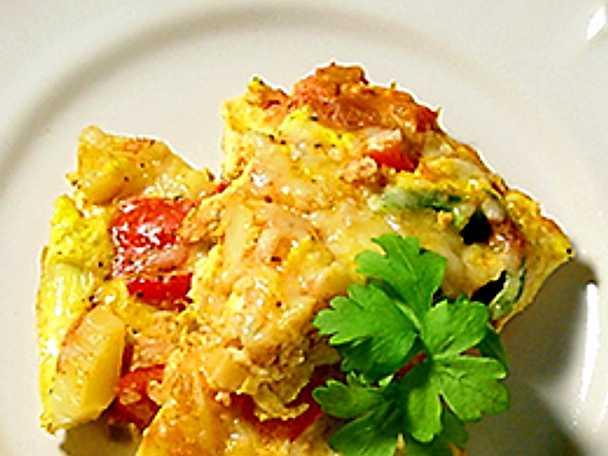 Bondomelett med salsa och oliver
