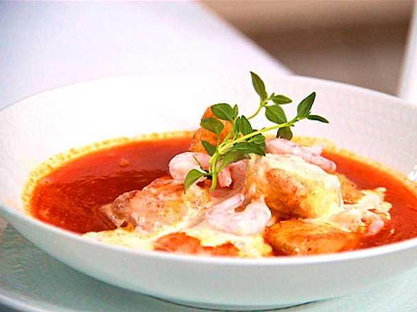 Bouillabaisse med parmesan- och vitlökscrème