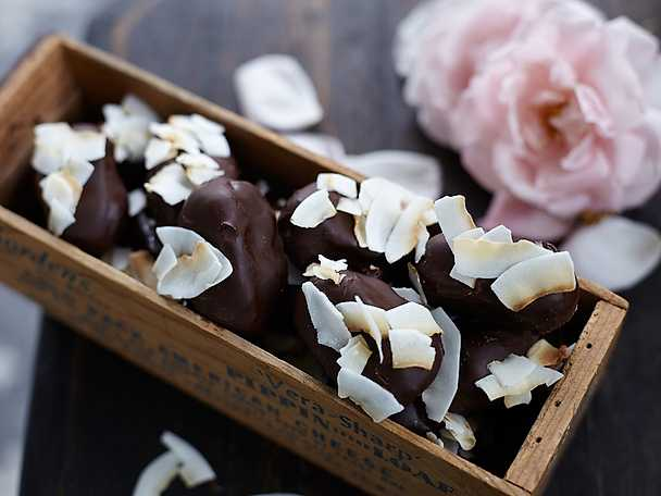 Bountys på dadlar och mörk choklad