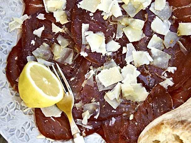 Bresaola med citron och parmesan