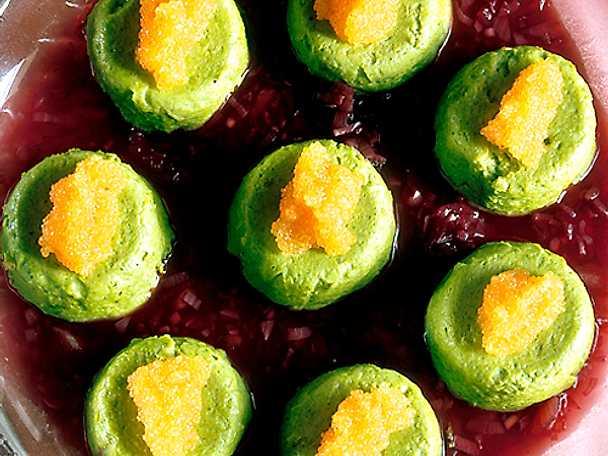 Broccolitimbaler med vinsås