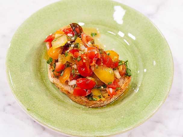 Bruschetta med ugnsrostade tomater