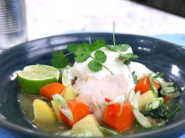 Buljongkokt kycklingfilé med wasabigrädde