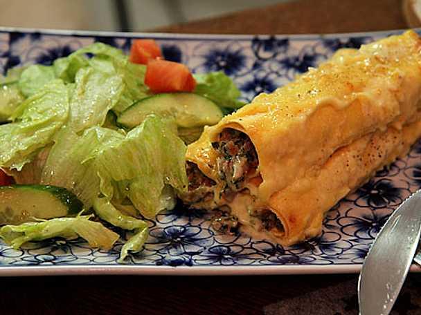 Cannelloni med skinka, spenat och ädelost