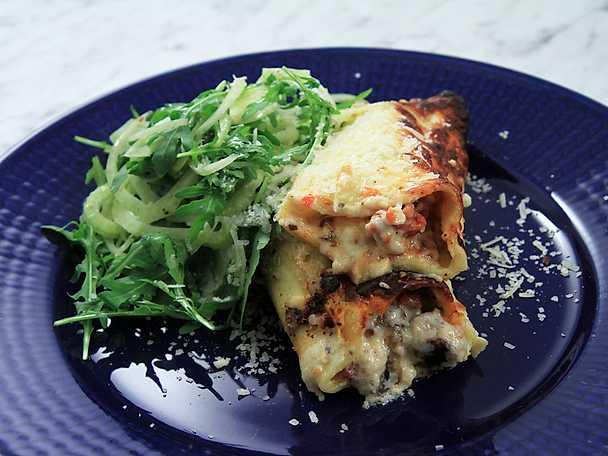Canneloni med salsicca och svamp