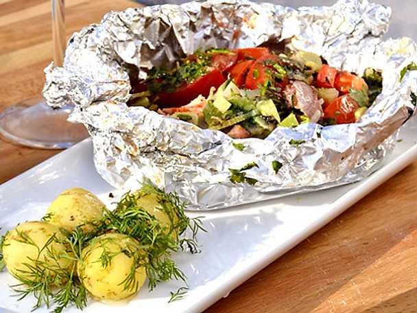 Cataplana, grillad fisk i foliepaket