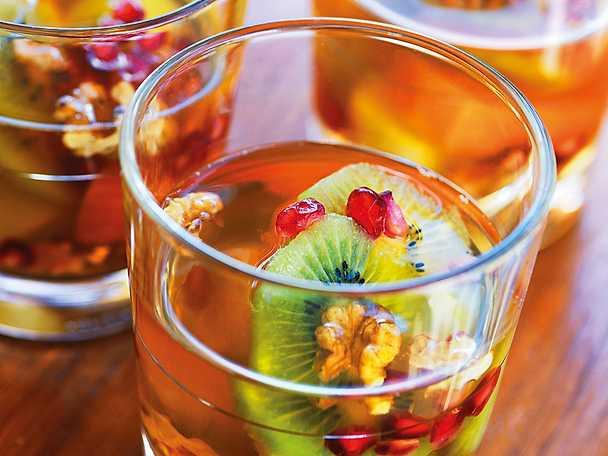 Charlotta Malhotras fruktsallad med grönt te