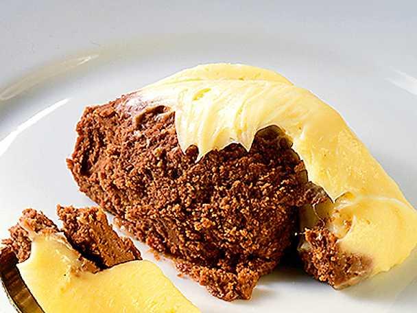 Chokladkaka med vaniljsmörkräm