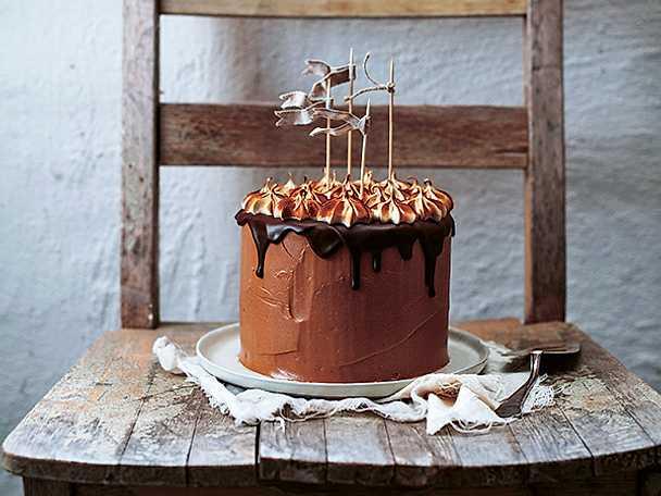 Chokladtårta med brynt maräng