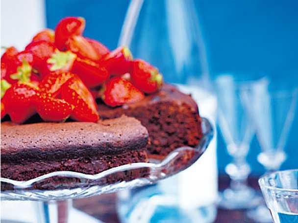 Chokolate divine med grappamarinerade jordgubbar