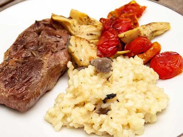 Cirkulerad vitello med tryffelrisotto och grönsakskompott