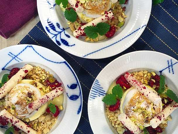 Citronparfait med hallon och italiensk maräng