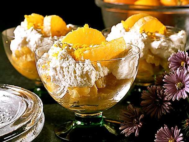 Citrussallad med glass och kardemumma