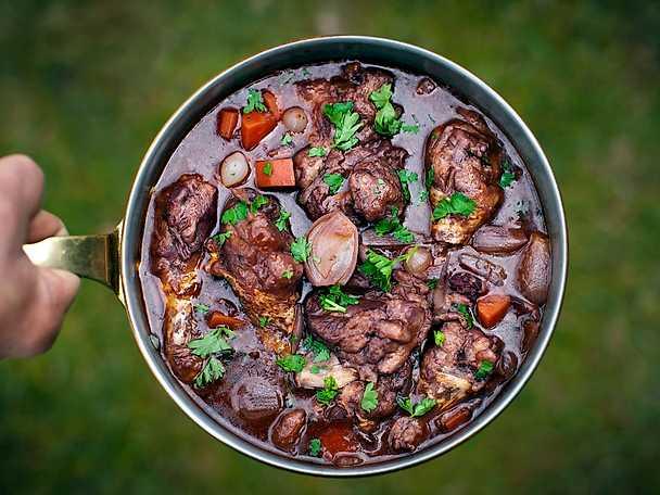 Coq au vin - Tareq Taylors recept