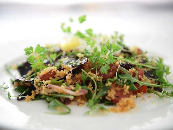 Couscous med chorizo och citronyoghurt