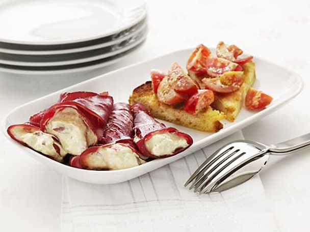 Crostini al pomodorini e pesto - Crostini med körsbärstomater och pesto