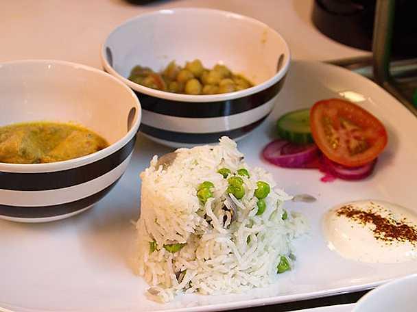 Curry- och kikärtsgryta med kyckling
