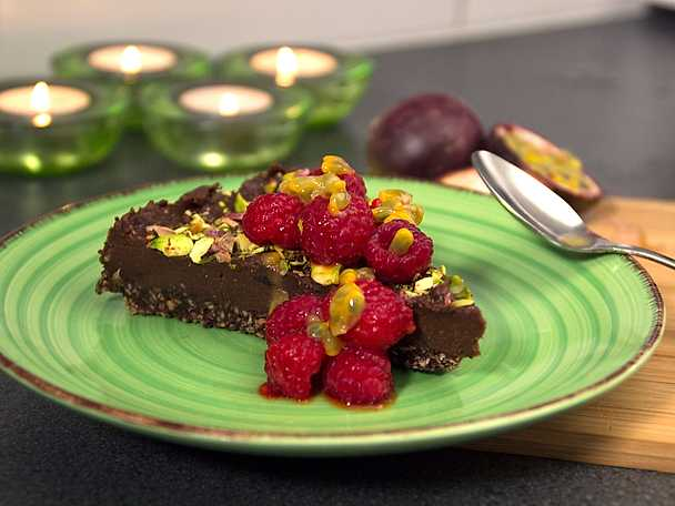 Dangerous chocolate cake, raw food chokladtårta