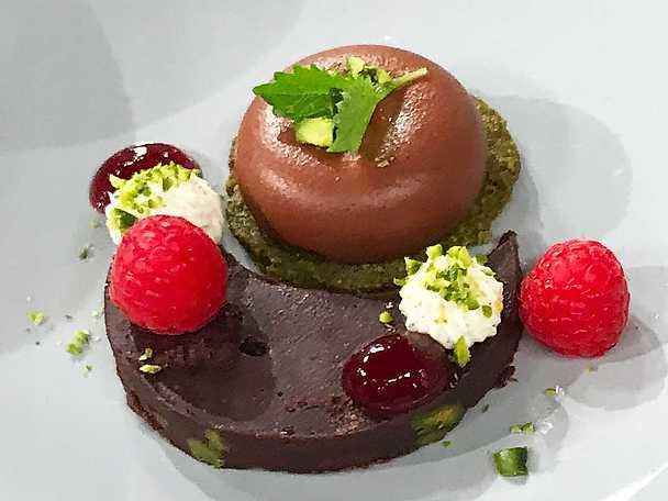 Dessert i midsommarskrud