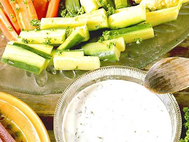 Dragonsås till sommarens grönsaker