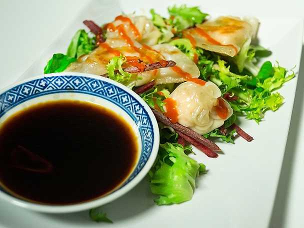 Dumplings med lax och lamm