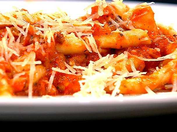 Durumpasta med tomatsås