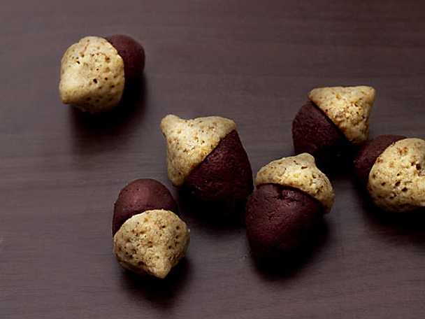 Ekollon med mörk chokladtryffel