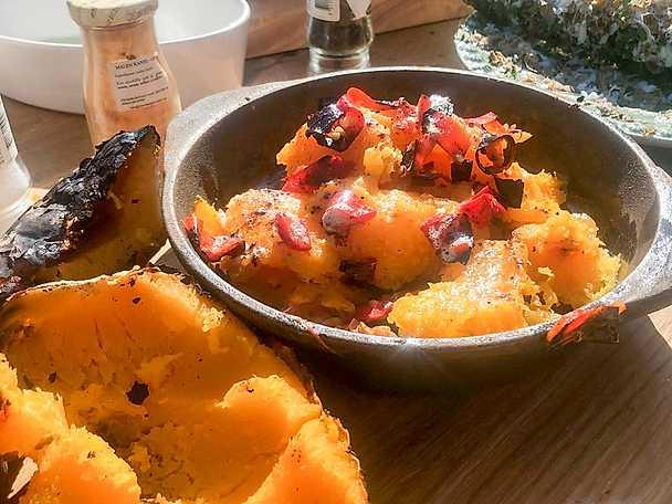 Eldbakad butternut med kanel och chili