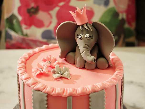 Elefant i sockerpasta - se & gör