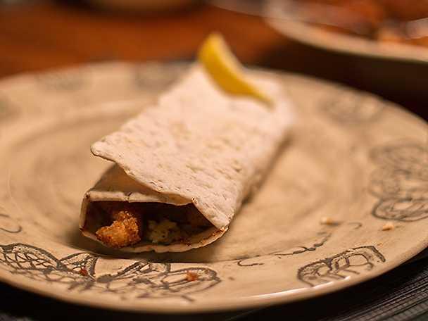 Enchiladala - tunnbrödsrullar med knaperstekt abborrfilé