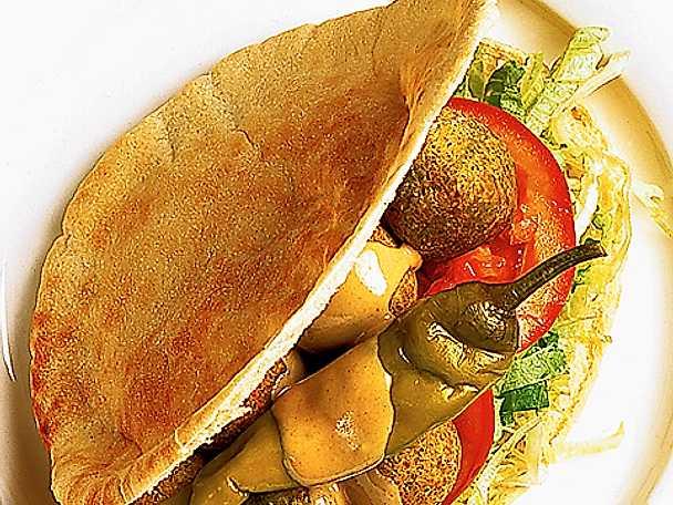 Falafel i pitabröd
