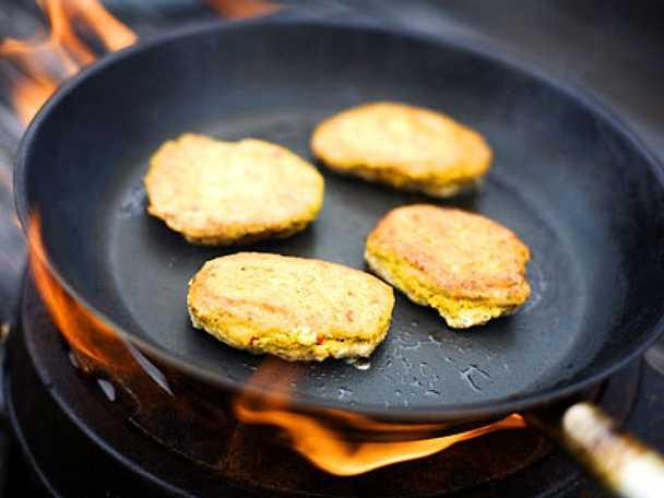 Falafel med harissa eller sambal oelek
